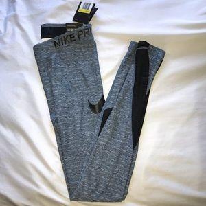 NWT women's Nike pro leggings